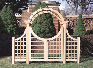 Double Moon Gate By Trellis Structures
